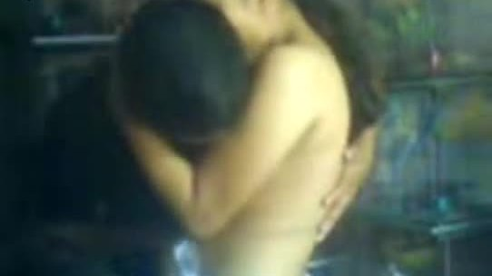 Sexy tamil girl sucking bf dick