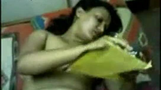 Desi hot bhabhi doing striptease