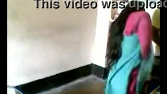Desi housewife sex affair caught indian hidden cam