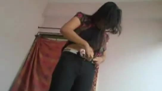 Desi hot girl fucked by own brother leaked mms