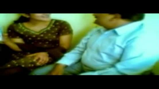 Office sex clip of desi bhabhi fucked by boss