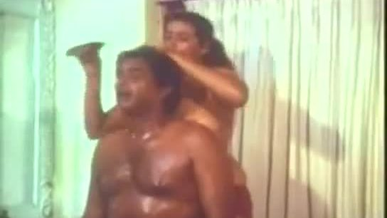 Sexy amp hot huge boobs mallu aunty 039 s oil massage