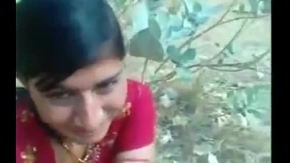 Indian porn videos exclusive punjabi girl outdoor sex with lover
