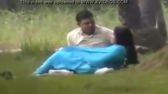 Nri college girl outdoor sex with lover