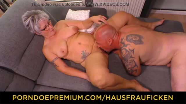 Horny aunty makes a seductive sex tape for her husband