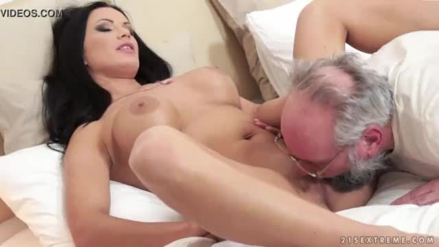 Desi b grade ugly old man with busty beauty
