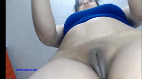 Indian aunty fingering