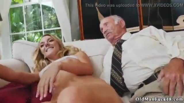 Old sexy dp xxx molly earns her keep