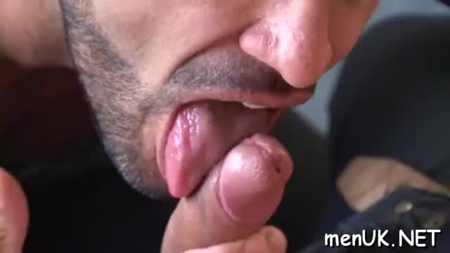 Three gays free porn sex in double penetration